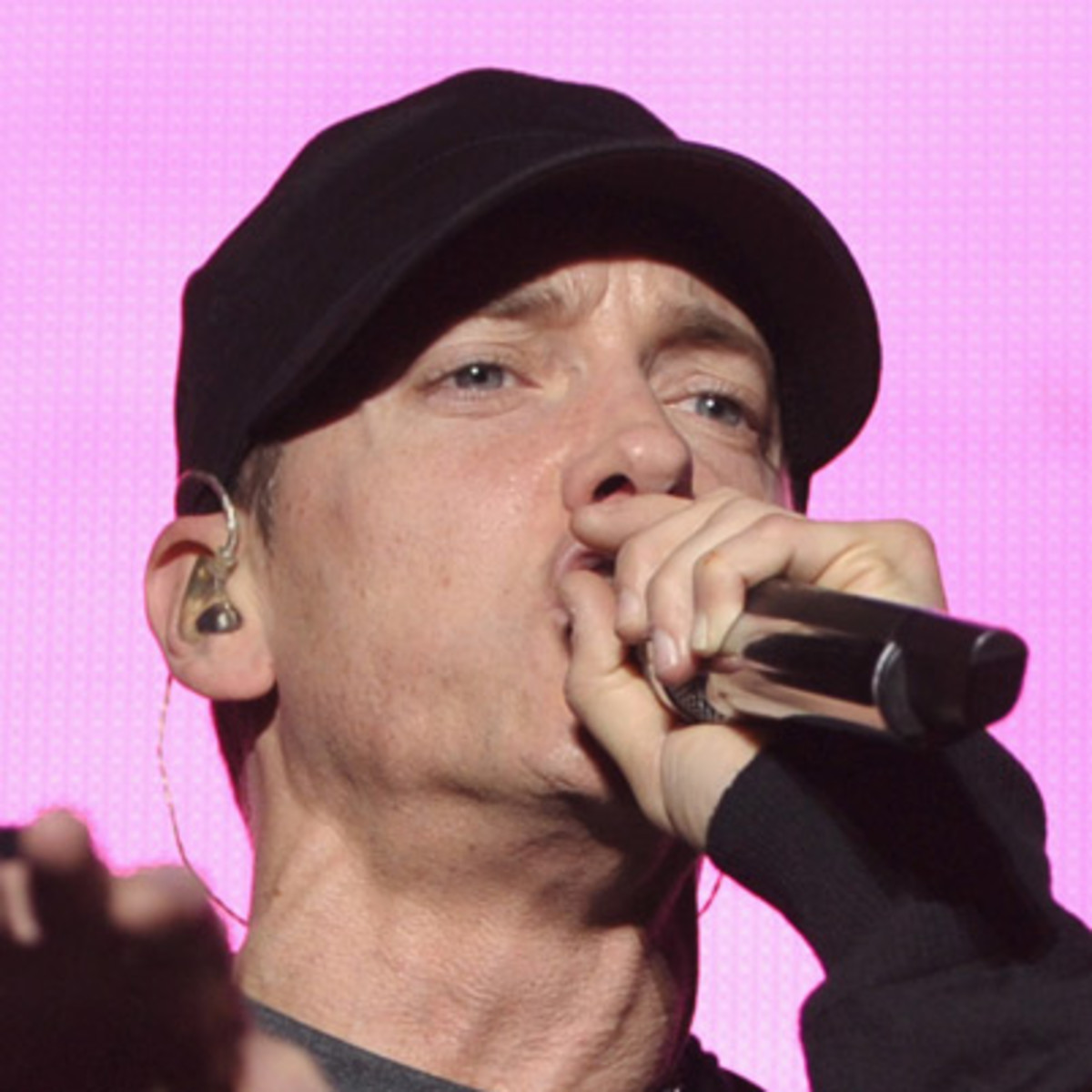 biography of eminem Read biography of eminem: the life and times of eminem, in one convenient little book by jack westerfil with rakuten kobo when marshall mathers, better known as eminem, made his album debut with the slim shady lp in the spring of 1999, he evo.