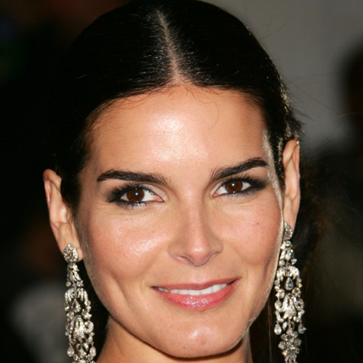 braless Angie Harmon born August 10, 1972 (age 46) naked photo 2017