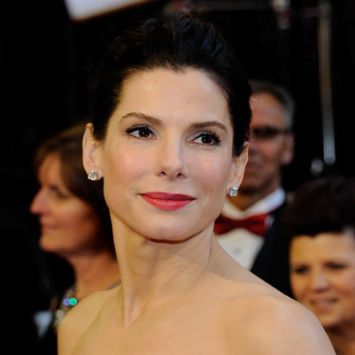 Sandra Bullock Biography & Net Worth