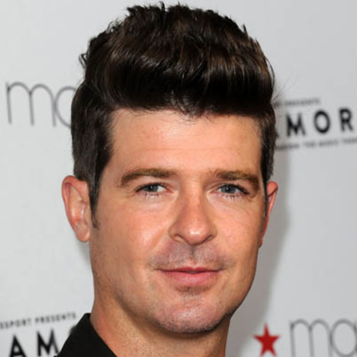 Robin thicke singer songwriter biography nvjuhfo Image collections