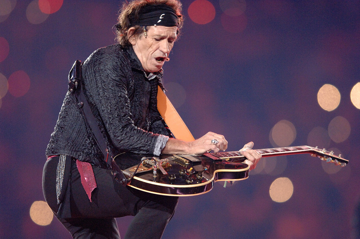 Super Bowl Halftime Performers: Keith Richards showed off his impressive guitar skills as part of the Super Bowl XL half-time showcase. The Stones performed at Ford Field in Detroit, Michigan, where the Pittsburgh Steelers faced off with the Seattle Seahawks.