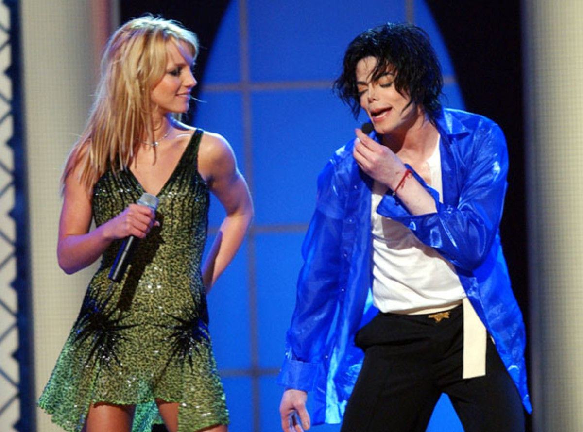 michael jackson remembering the life and death of the king of britney spears and michael jackson perform together during his 2001 two day show