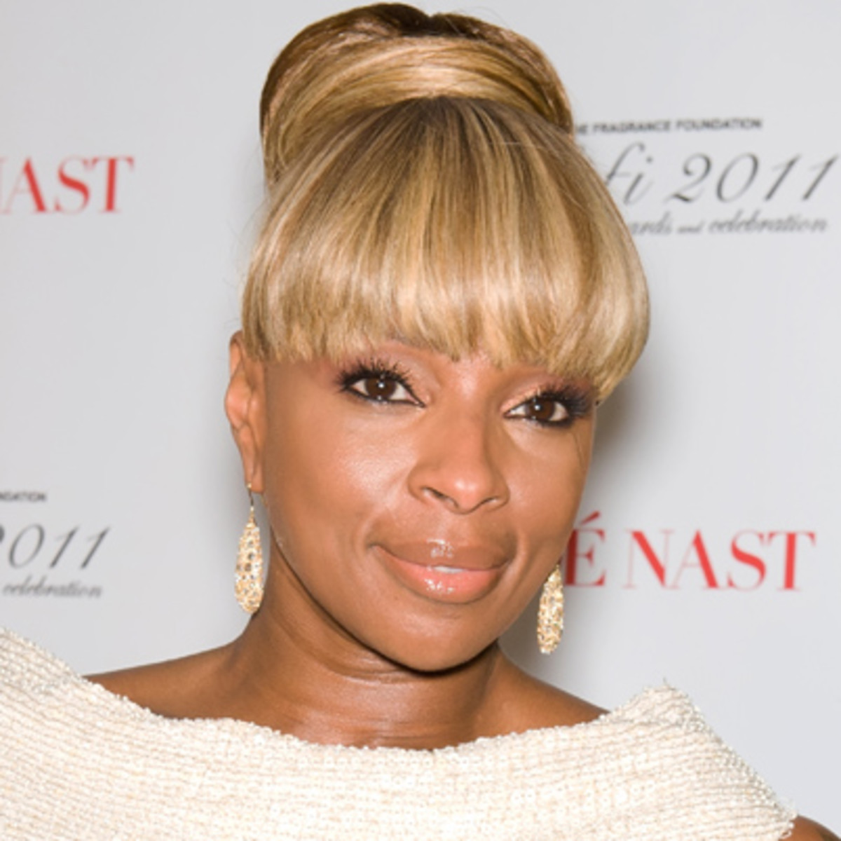 Mary J. Blige - Songs, Albums & Age - Biography