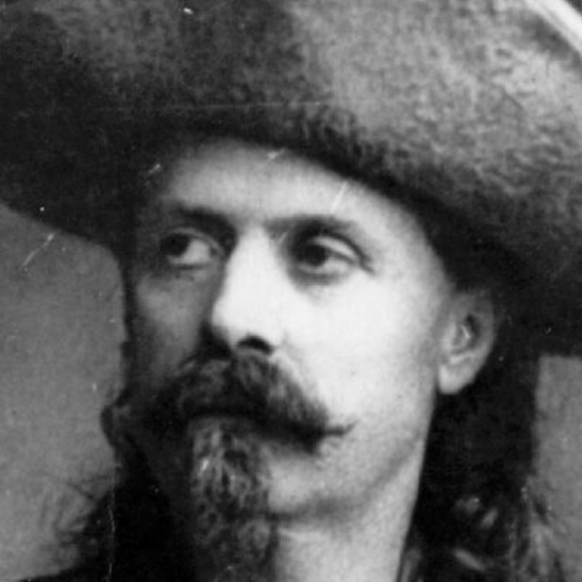 a biography of william frederick cody aka buffalo bill Buffalo bill facts: the controversial, half-fictitious career of william frederick buffalo bill' cody (1846-1917), american scout and publicist, helped.