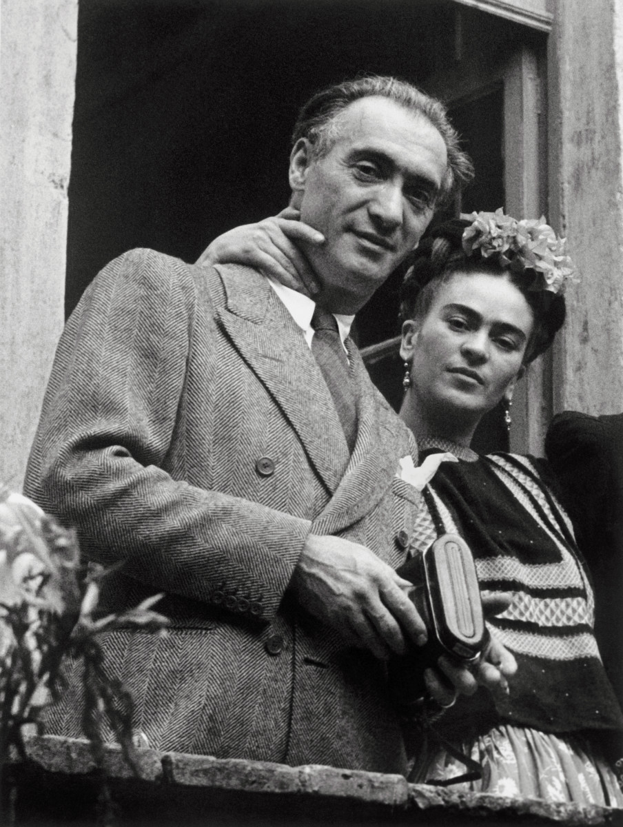 Frida Kahlo and Hungarian-born photographer Nickolas Muray had an affair during the 1930s. His 1938 portrait of Kahlo became one of his most famous works.