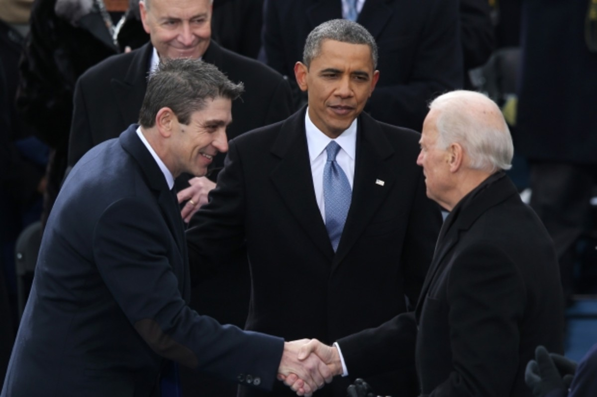 Blanco shaking Vice President Joe Biden's hand at President Obama's second presidential inauguration, January 21, 2013. (Getty)