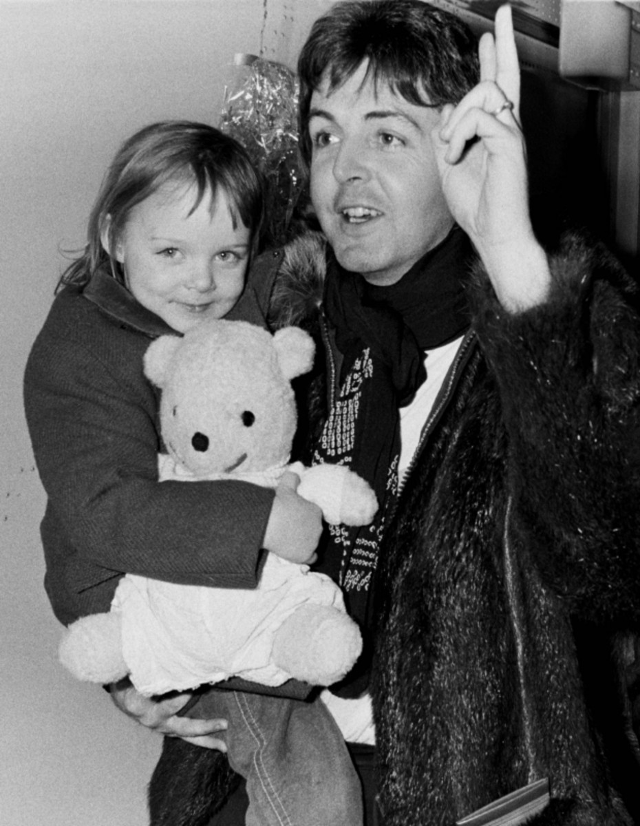 Paul McCartney With His Daughter Stella In Copenhagen March 20th 1976 Getty