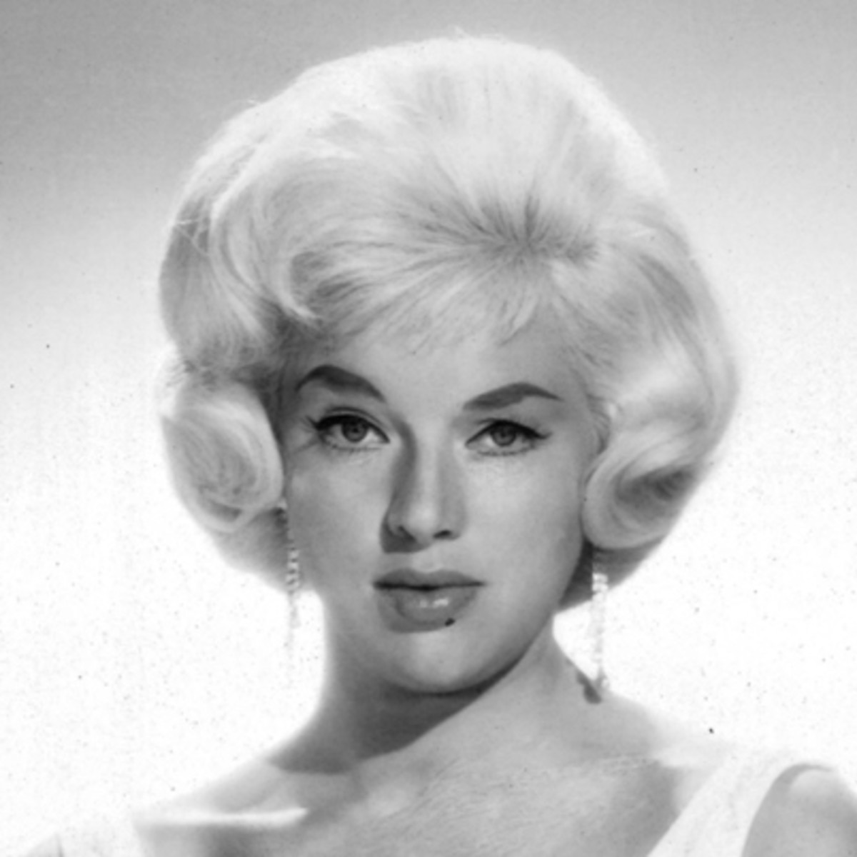 sc 1 st  A\u0026E\u0027s Biography & Diana Dors - Classic Pin-Ups Actress - Biography