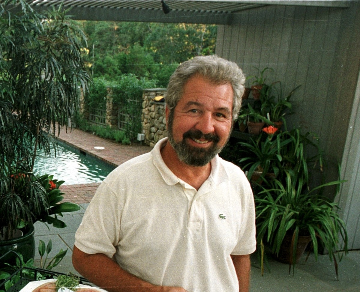 an introduction to the life of bob vila the host of home again Ecelebrityfactscom this old house and bob vila's home again parker schnabel's from popular tv series 'gold rush' dating life has also been an interest of.