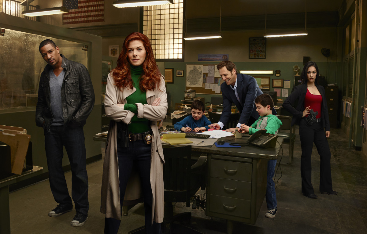 Debra Messing Mysteries of Laura Photo