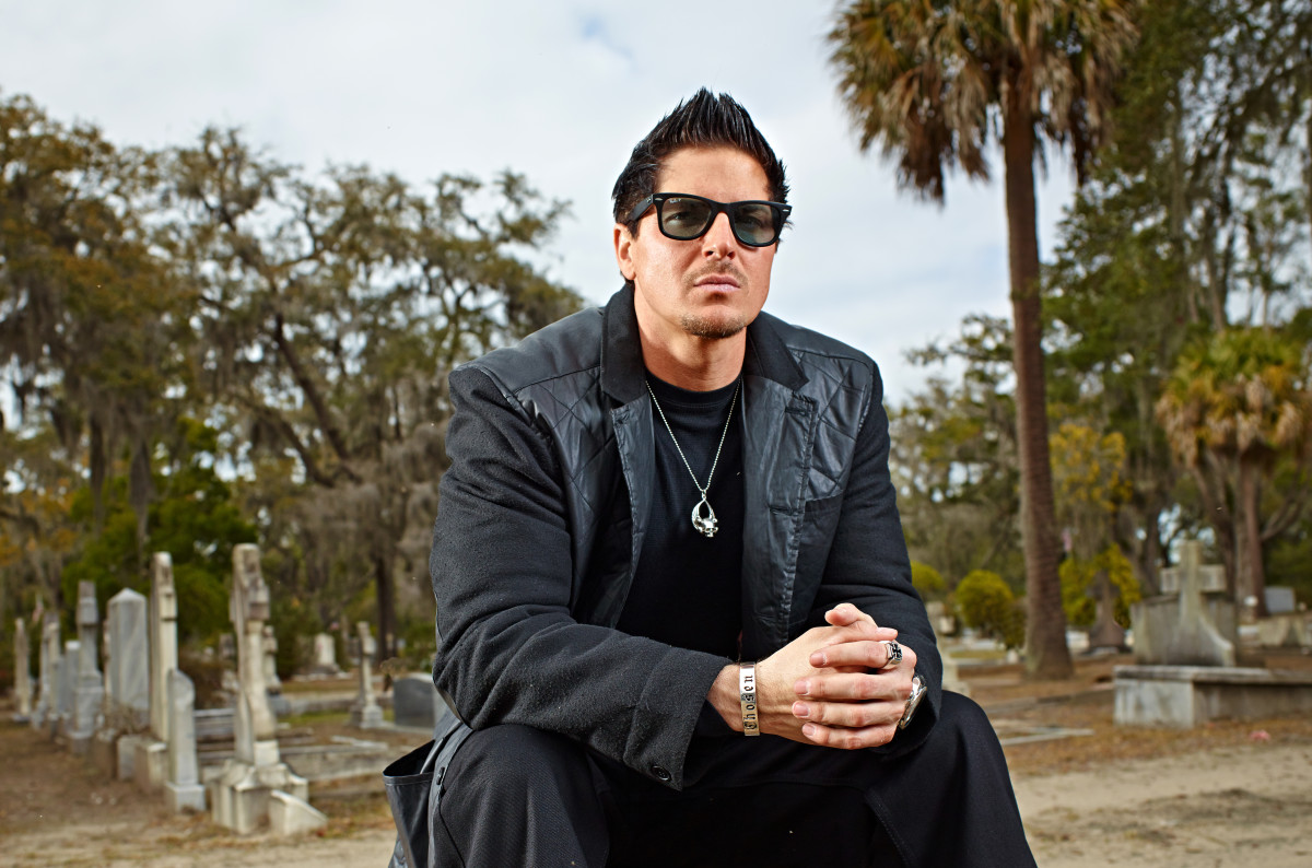 Ghost Adventures Zak Bagans Photo