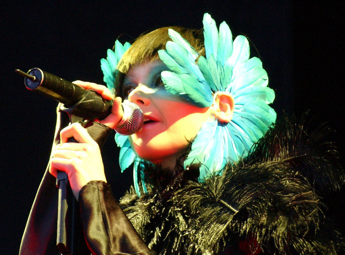 Björk (Photo: Zach Klein/Wikimedia Commons)
