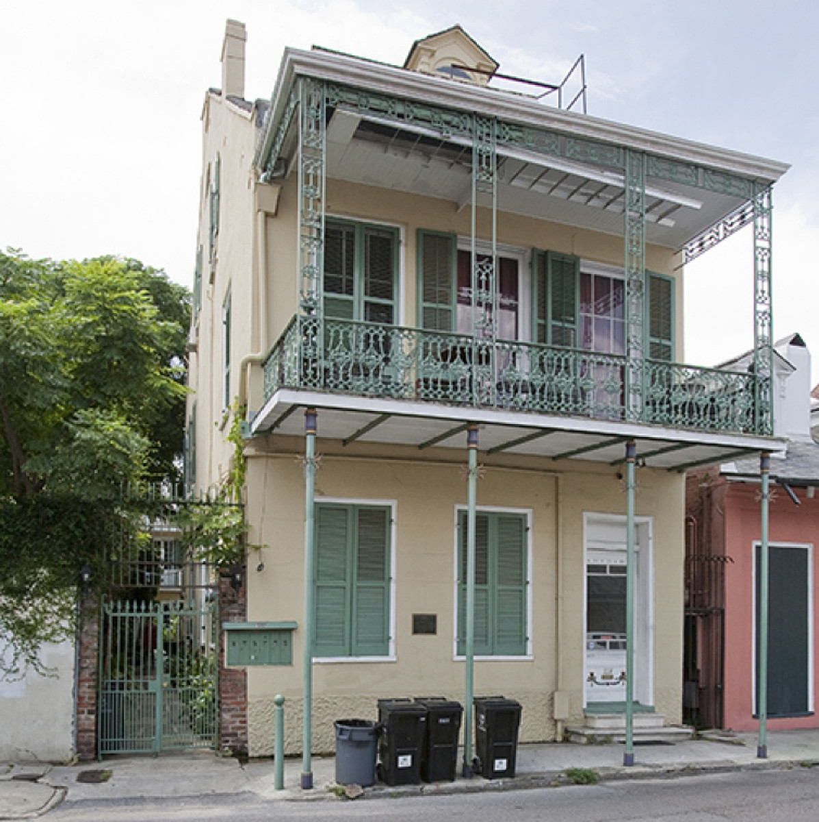tennessee williams new orleans the city that was his muse later in his life tennessee williams owned the 19th century townhouse at 1014 dumaine