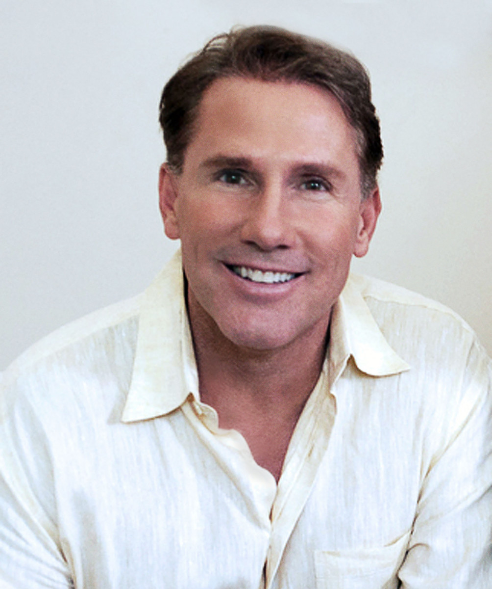 author nicholas sparks on the art of writing the power of love nicholas sparks photo