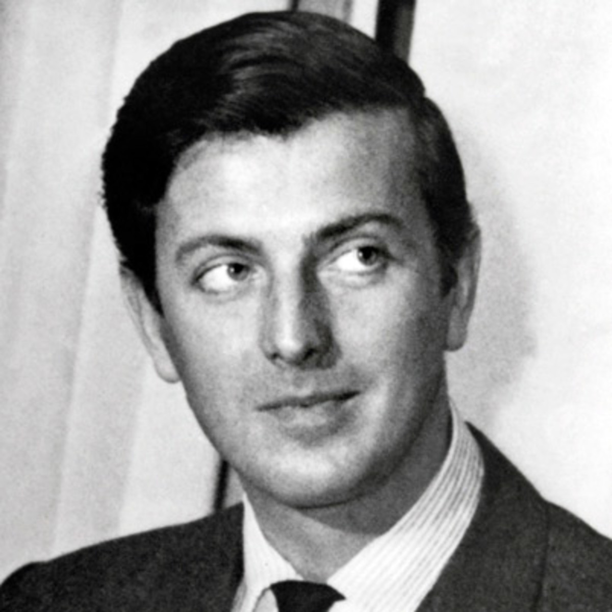 Hubert de Givenchy, French fashion designer: biography, personal life, career 98
