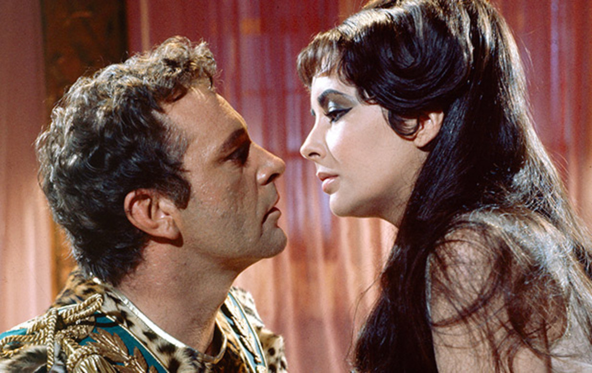 Elizabeth Taylor Gallery: Taylor met and fell in love with Richard Burton on the set of the 1963 blockbuster Cleopatra. Both stars were married at the time, an affair that was condemned by the Vatican and yet another explosive personal scandal for Taylor. (Photo: Getty Images)