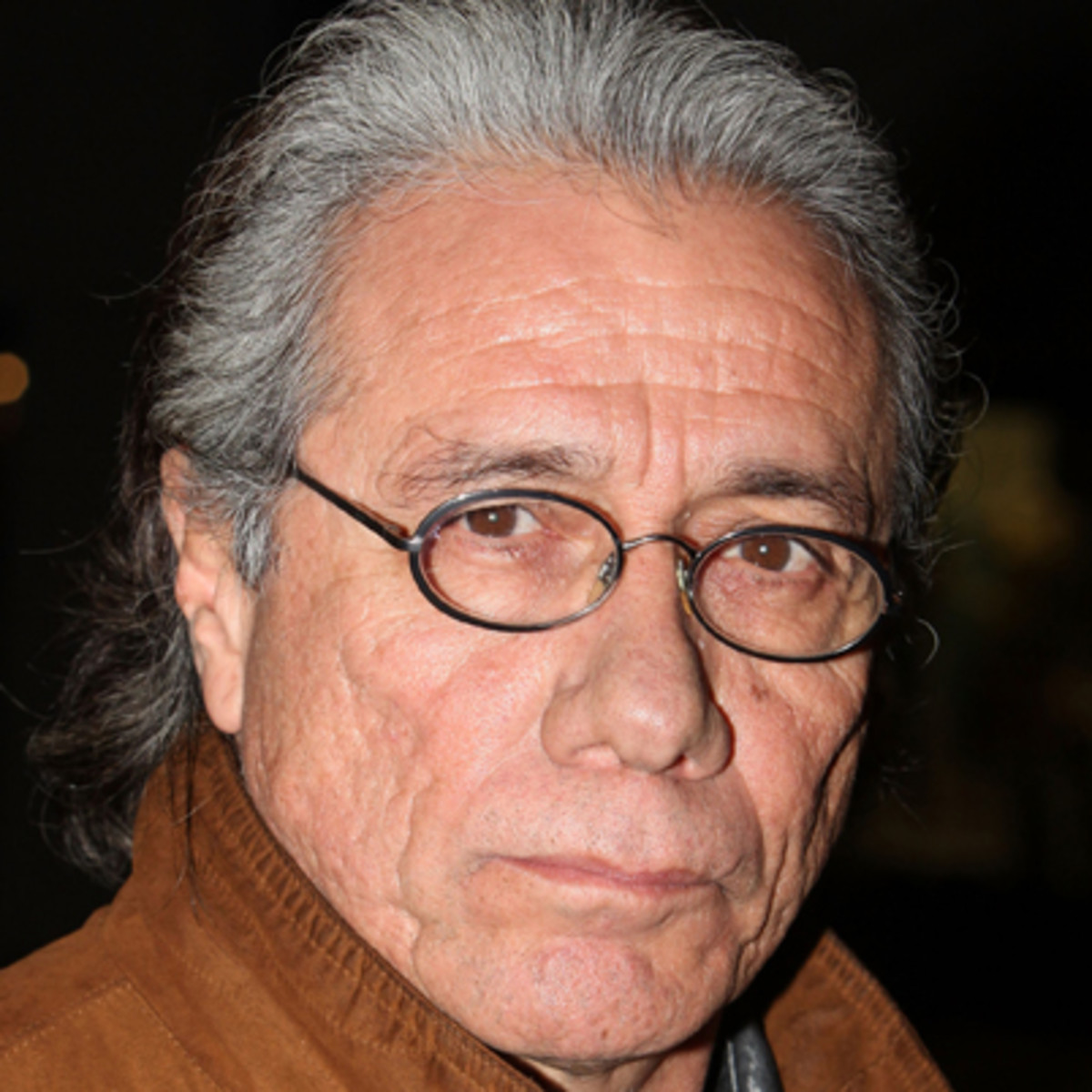 edward james olmos height