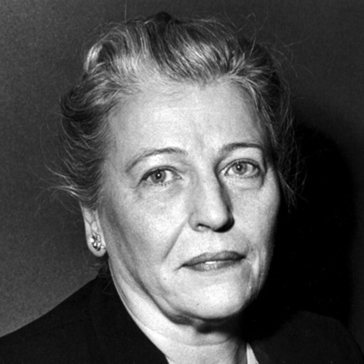 pearl s buck The old demon pearl sbuck (1892–1973), a well known novelist, was born of american missionary parents her first playmates were chinese children, and she could.