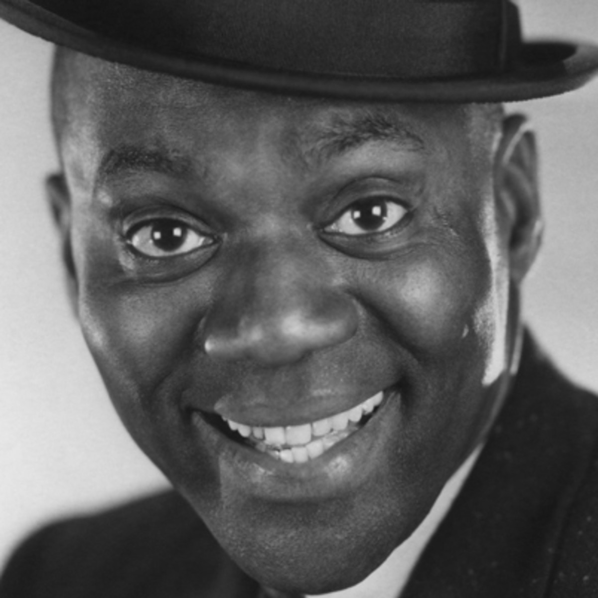 """bill bojangles robinson Bill bojangles robinson (1878-1949) by constance valis hill copyright © 2012 dance heritage coalition page 1 ill """" ojangles"""" robinson, the most famous and."""