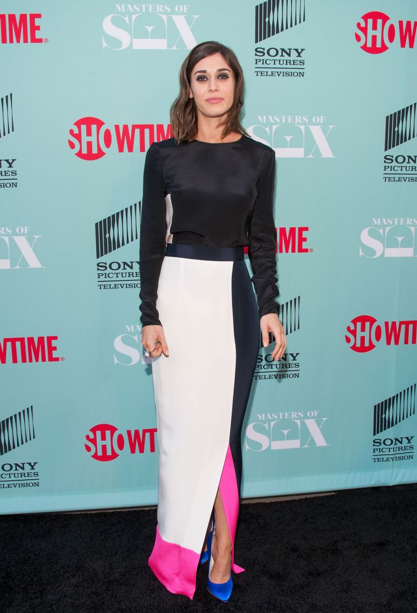 Lizzy Caplan TCA 2014 Photo