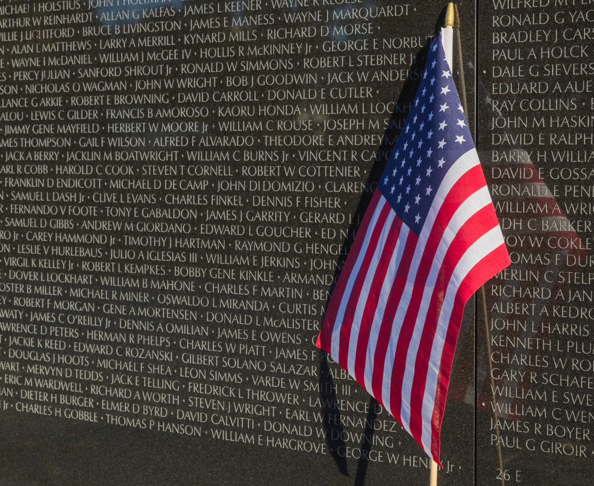 Awesome The Remarkable Story Of Maya Linu0027s Vietnam Veterans Memorial   Biography.com