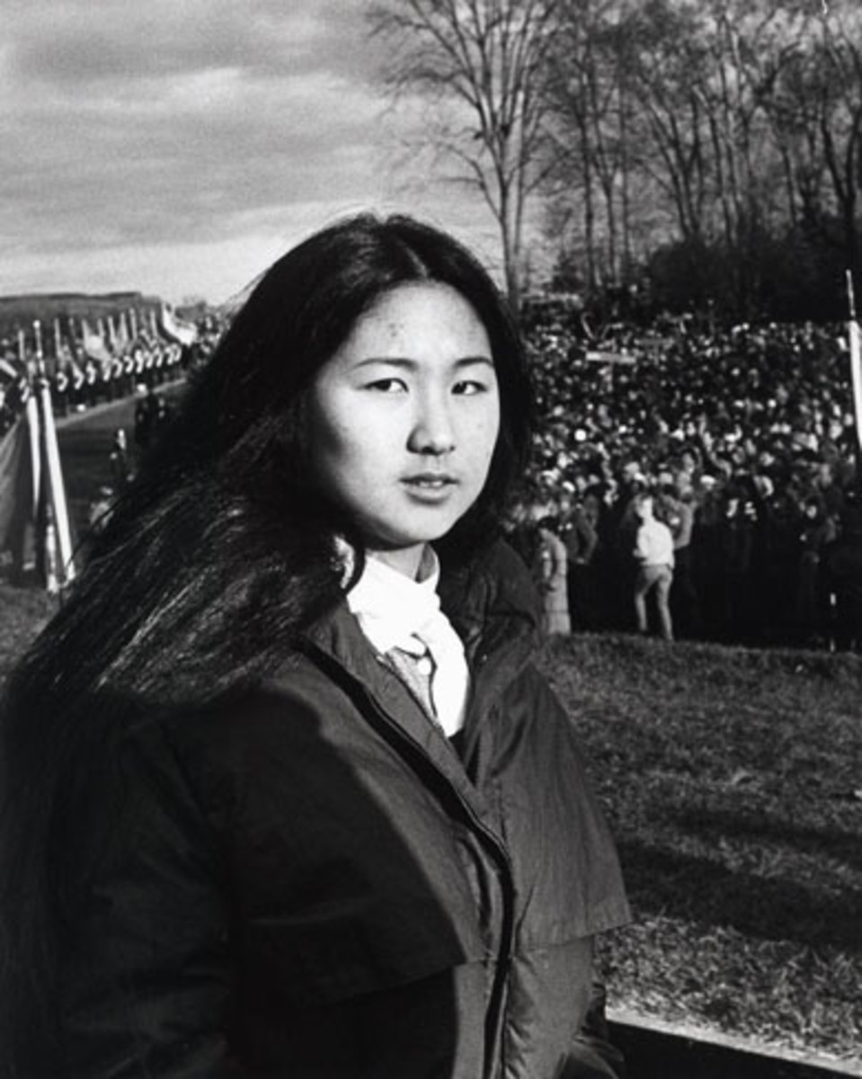maya lin at the dedication ceremony of the vietnam veterans memorial in 1982 photo the washington postgetty images - Who Designed The Vietnam Wall