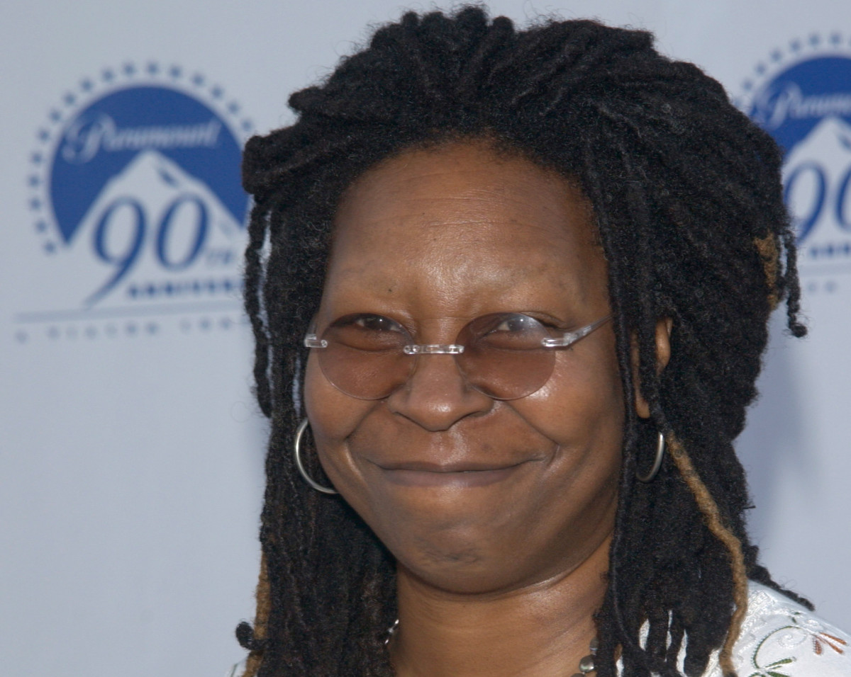 can i get a whoop whoop? 7 fun facts about whoopi goldberg