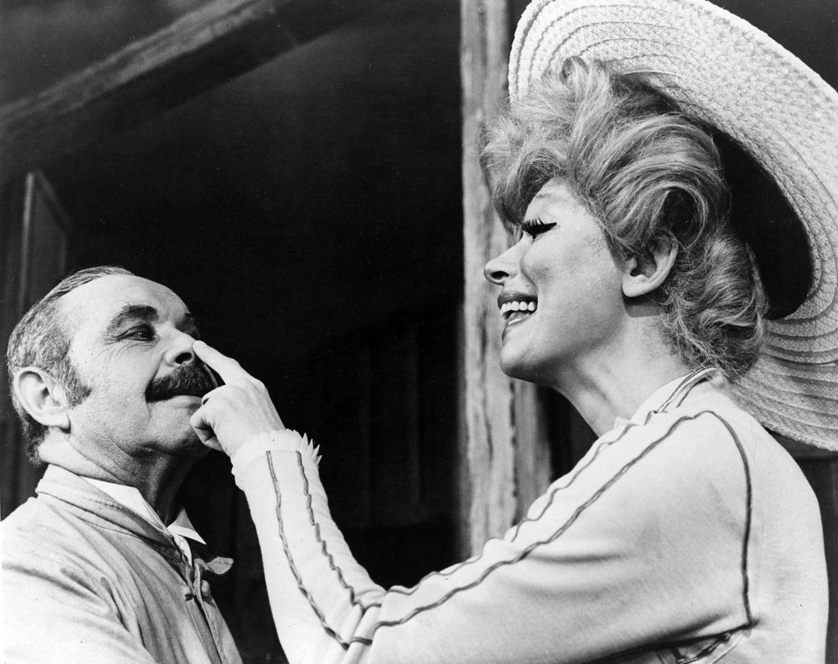 Carol Channing Hello Dolly! Photo
