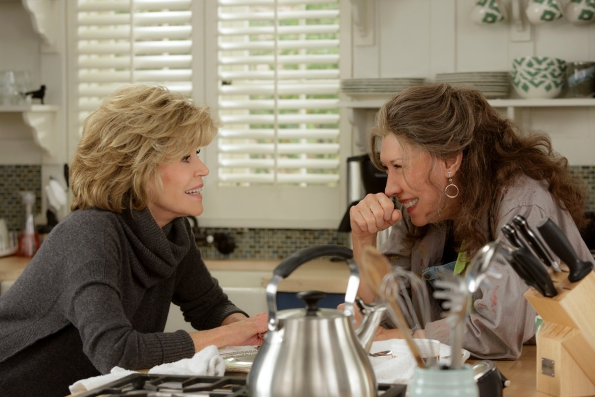 Lily Tomlin Jane Fonda Grace and Frankie Photo