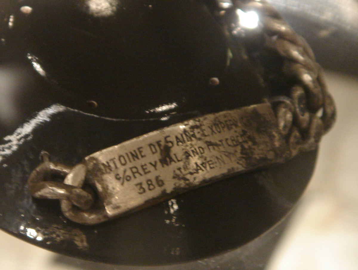 Bracelet of Antoine de Saint-Exupery Photo By Frederiga via Wikimedia Commons