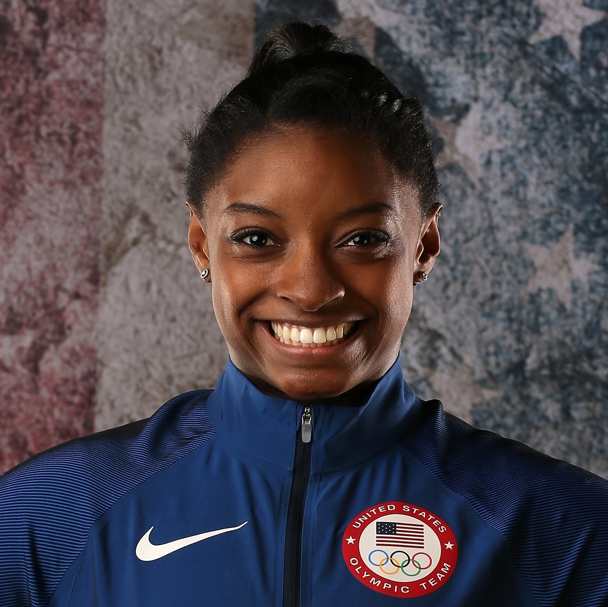 Simone Biles - Family, Life & Medals - Biography