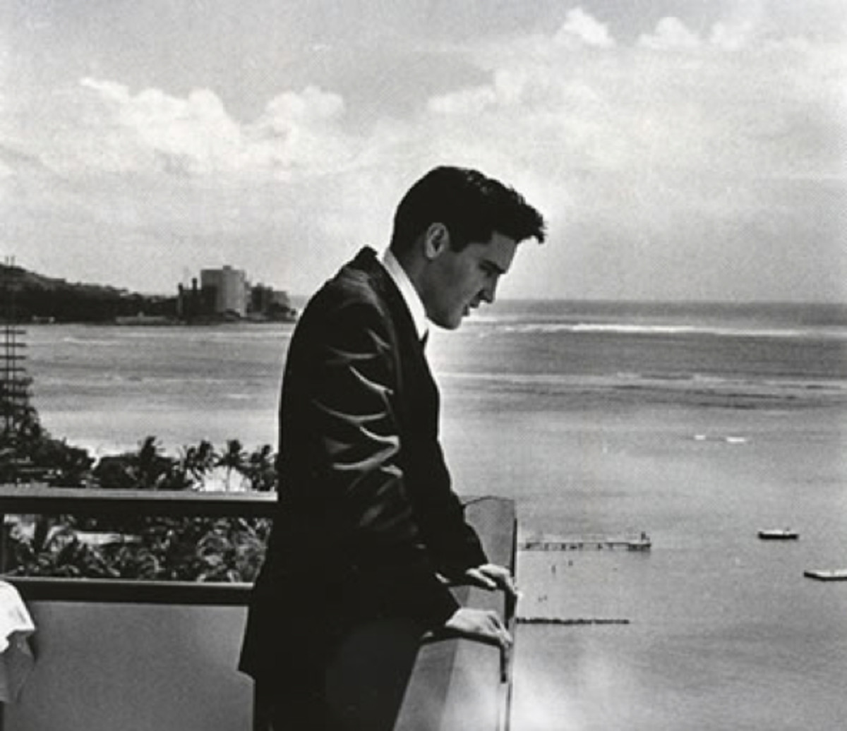 Elvis enjoyed the expansive views from the 14th-floor Mahele Suite in the Hilton Hawaiian Village Hotel's Ocean Tower.