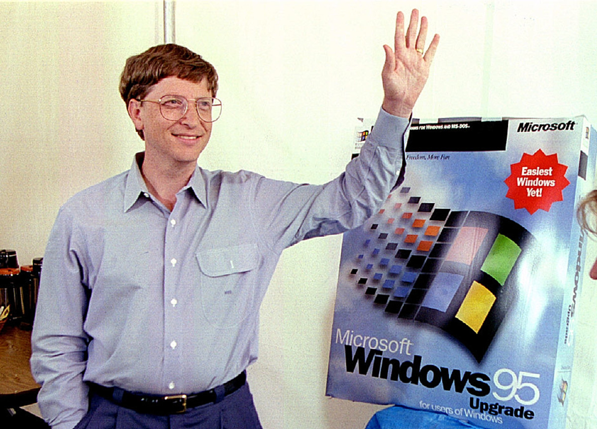 Bill Gates Windows 95 Photo