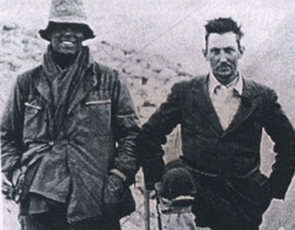 Man vs. Mt. Everest: Deadly Days on the Ascent to the ... George Mallory And Andrew Irvine