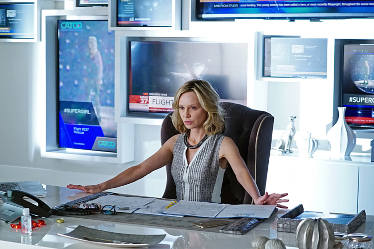 Supergirl Calista Flockhart Photo