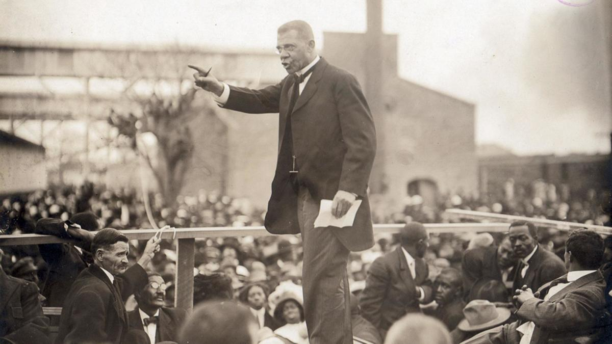 the influence of booker t washington to american society Booker twashington booker twashington was a great influence for the black community the efforts he made to become such a wonderful leader were incredible booker twashington was a man that started up from scratch he grew up as a black slave, who did not have many choices in life.