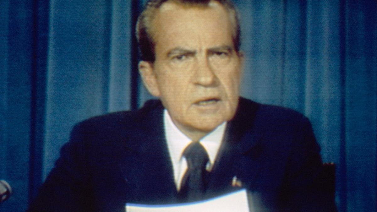 richard nixon bibliography Bibliography 689 illustration  but most chapters in richard nixon have room to  more positive takes on nixon than offered in conrad black's richard m nixon:.