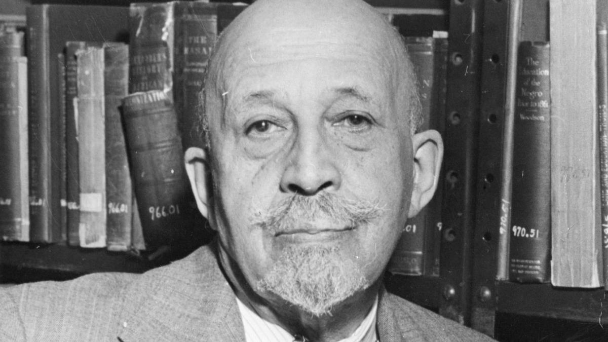 w e b dubois civil rights pioneer biography