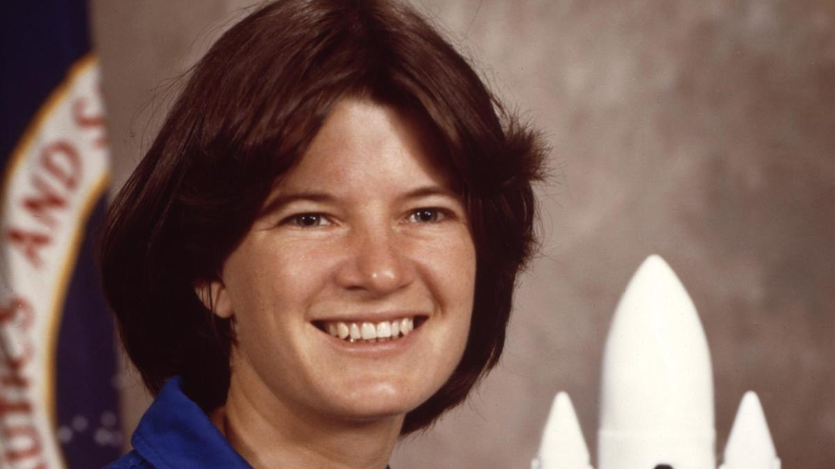 sally ride essays Sally kristen ride was born on may 26, 1951, in los angeles, california her parents' names were joyce and dale, and she had a sister named karen sally was a tomboy when she was young.