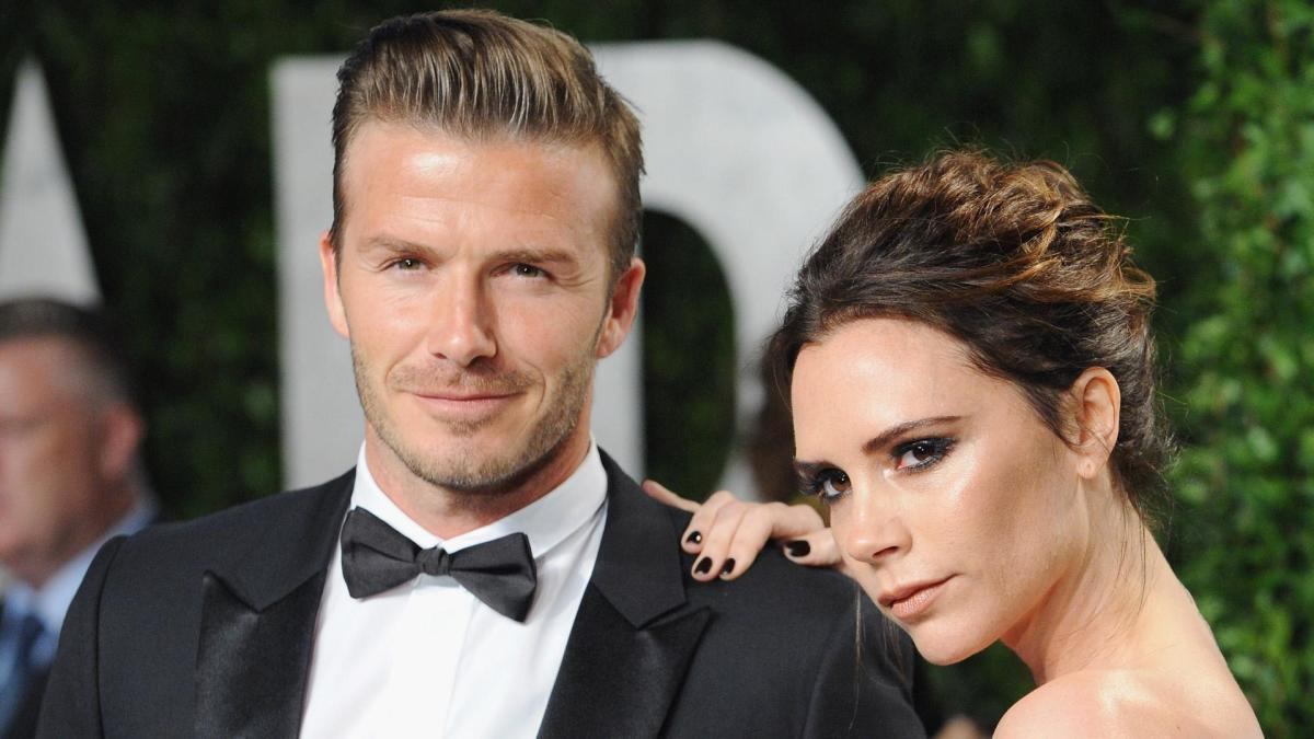 https://www.biography.com/.image/t_share/MTQ1MjI5MzI1NDA5NDYxNjU2/david-and-victoria-beckham---famous-couple.jpg