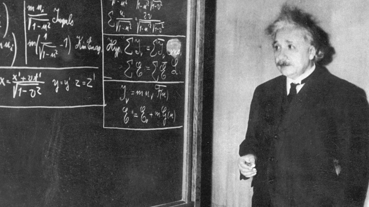 albert einstein childhood essay  albert einstein childhood essay