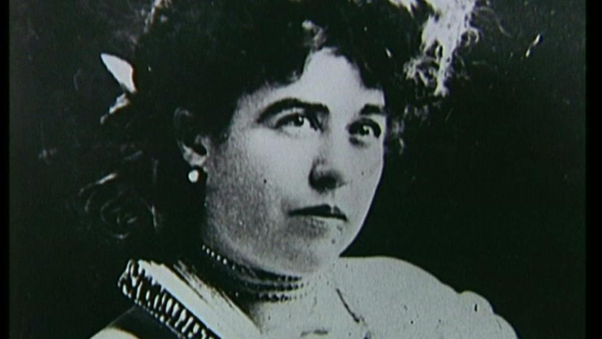 an introduction to the life of unsinkable molly brown Hence, one of the first associations is, undoubtedly, her stunning performance in the 1964 biopic film about molly brown, the unsinkable molly brown.