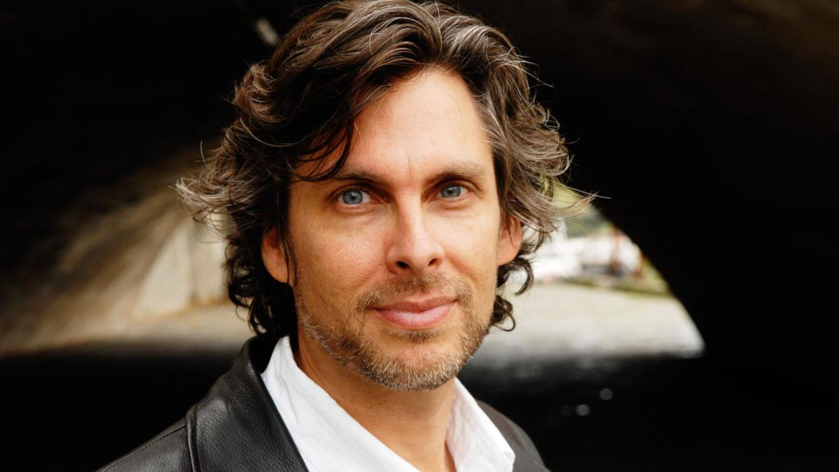 michael chabon essay online Michael chabon is the is the pulitzer prize–winning author of fourteen books this essay is excerpted from 'pops:.