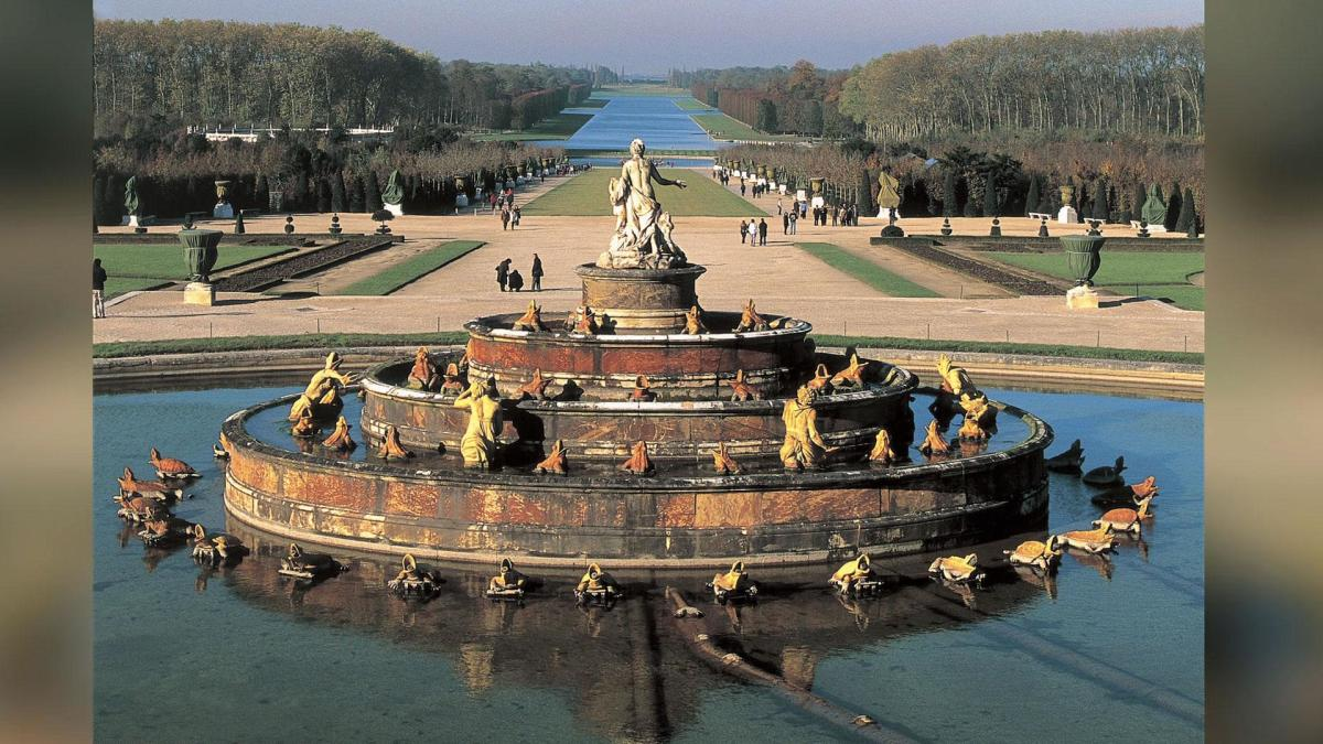 the palace of versailles biography. Black Bedroom Furniture Sets. Home Design Ideas