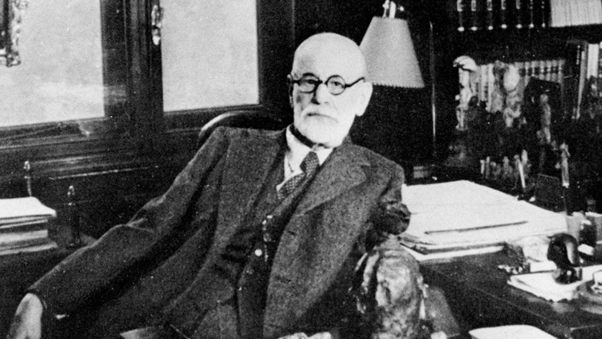 Sigmund Freud - Psychoanalysis - Biography.com
