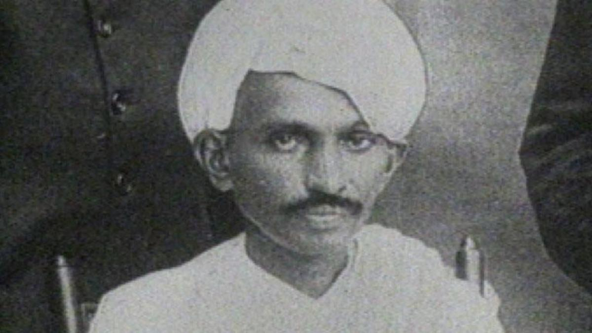 mahatma gandhi man of peace The man from gujarat is the most  how gandhi changed the  mohandas gandhi — also affectionately known as mahatma — led india's independence movement.