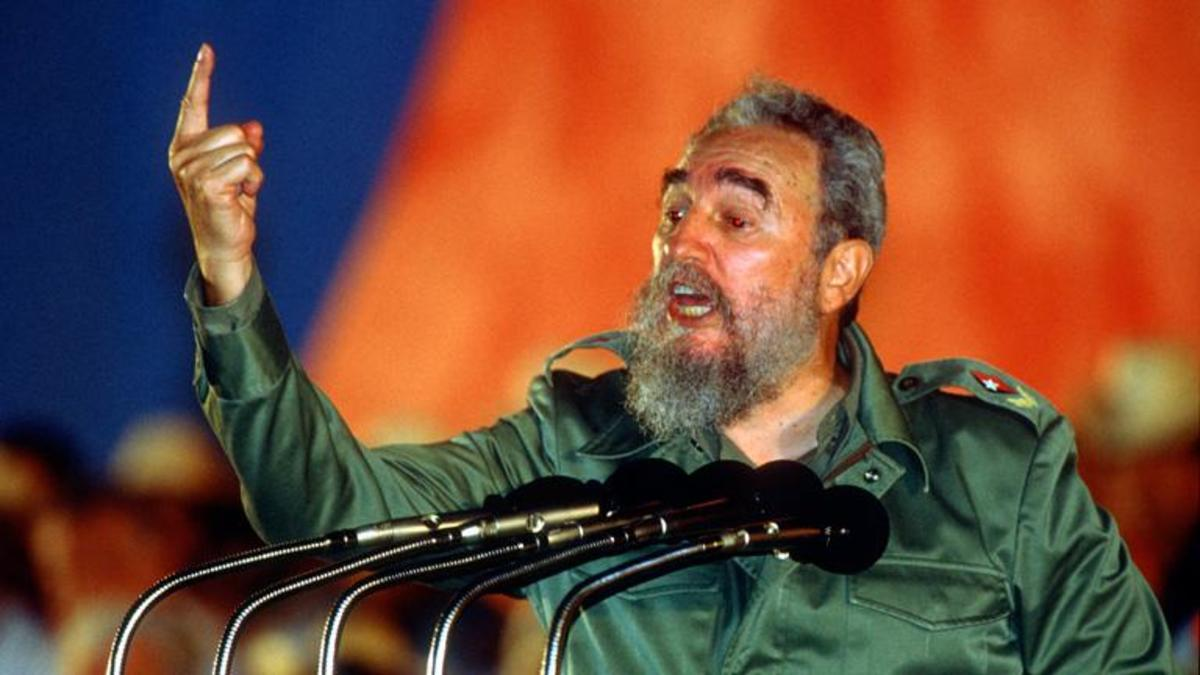 fidel castros role in the cuban missile crisis The cuban missile crisis was a thirteen-day confrontation from october 15 to october 28, 1962 between the united states and the soviet union over the positioning of nuclear missiles in cuba in 1962, the soviet union secretly placed nuclear-tipped missiles on the communist-led island of cuba.