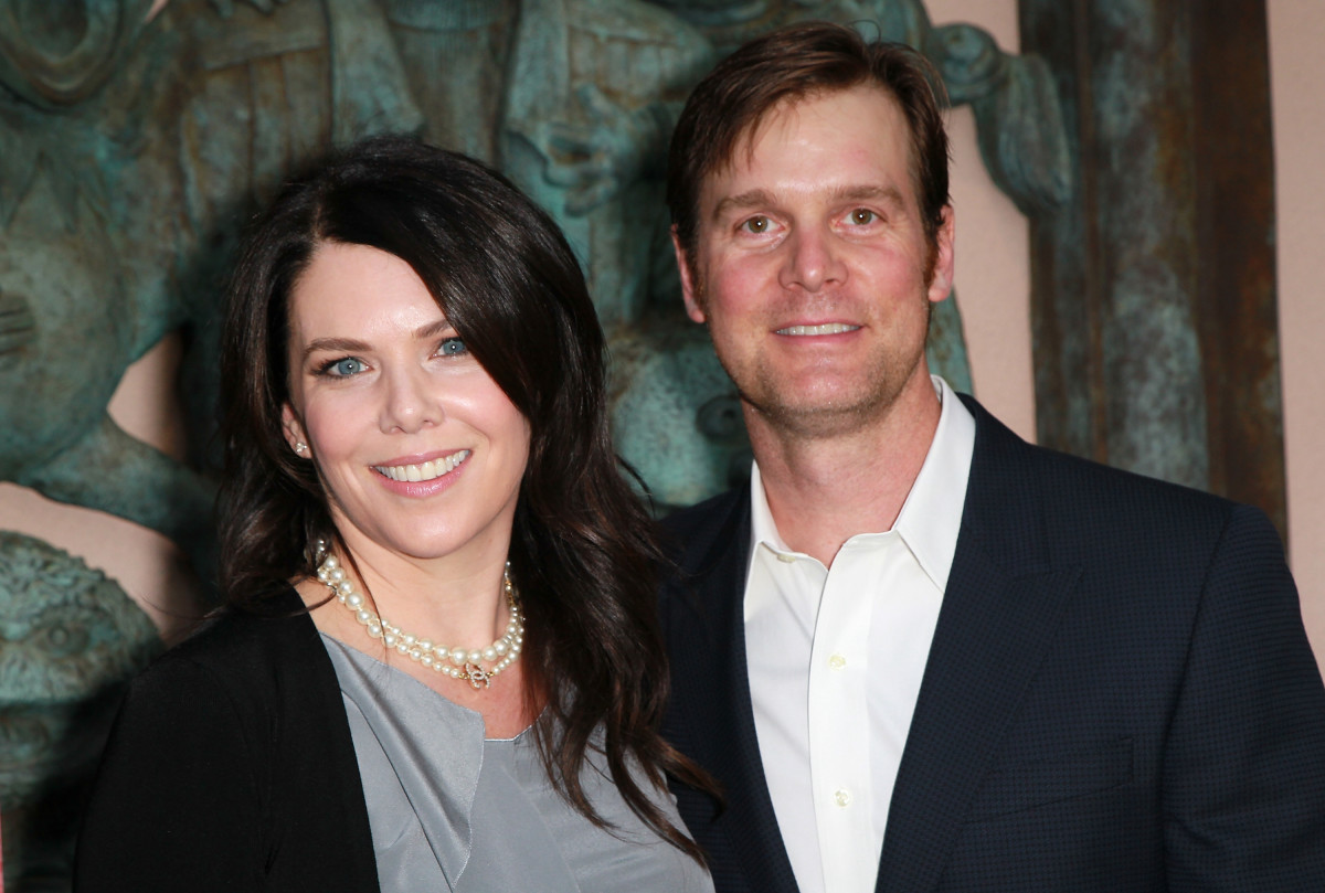 Lauren Graham and Peter Krause in 2011