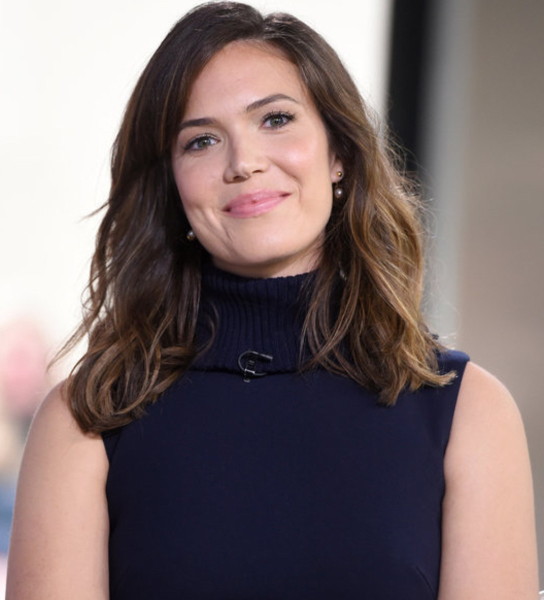 Hy Birthday Mandy Moore From Pop Princess To This Is Us Star Biography