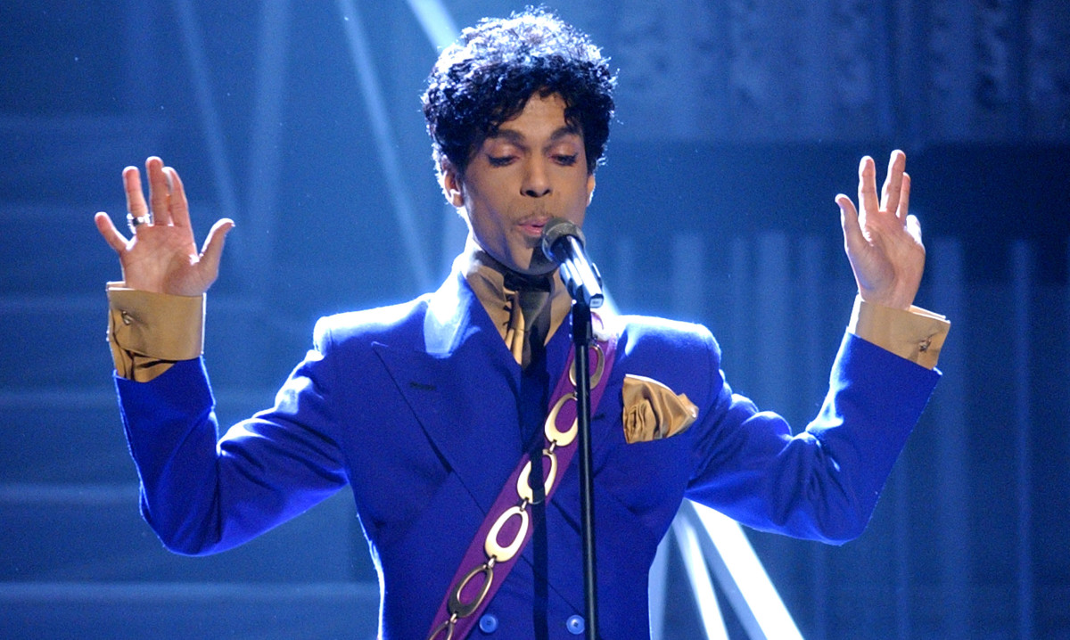 Prince at the Grammys in 2004